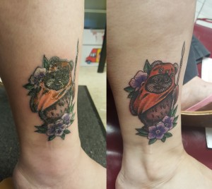 Feet and ankle swelling after leg tattoo midlifemate for Tattoo tip percentage